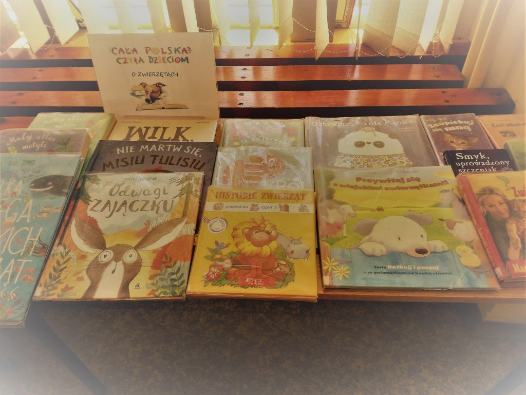 Książki o zwierzątkach na wystawie