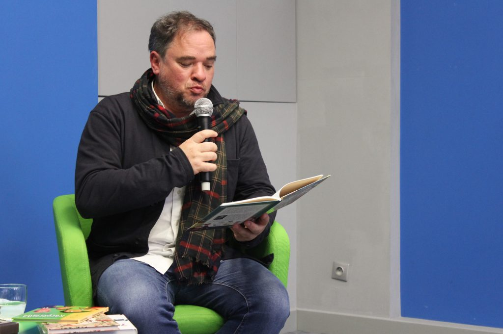 Grzegorz Kasdepke czyta fragment książki